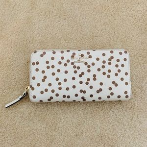 Kate Spade Zip wallet white with gold polka dots